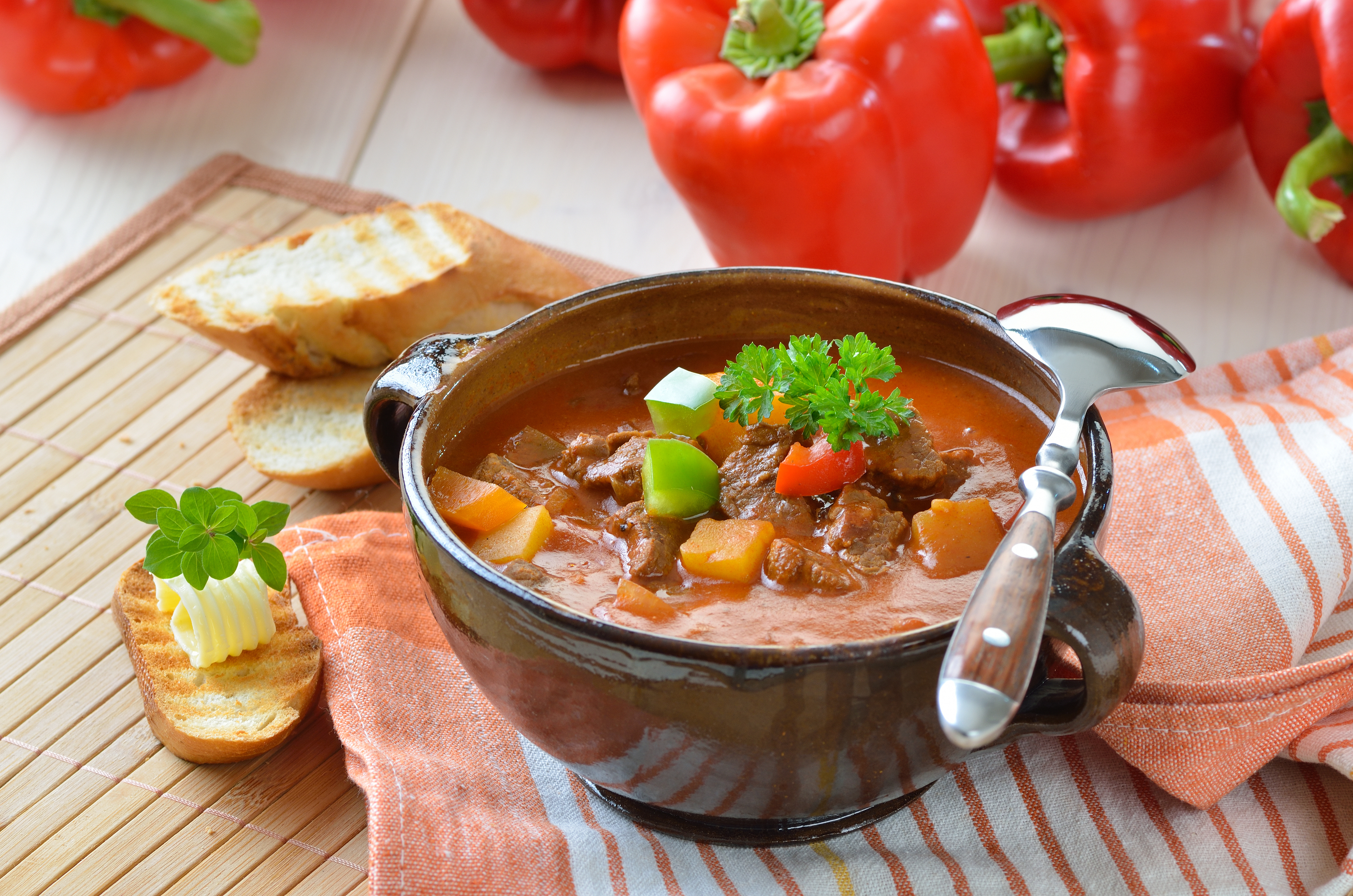 You Should Try This Crock Pot Spicy Hamburger Goulash