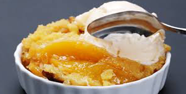 Very Simple And Crazy-Delicous Crock Pot Peach Cobbler