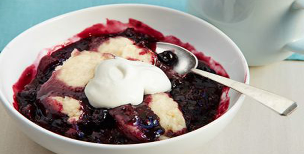 Oh So Sweet Slow Cooker Berry Cobbler