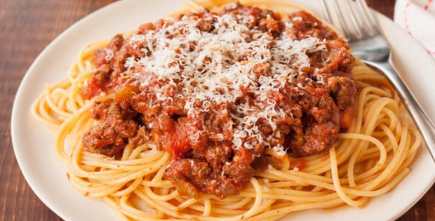 A Very Beefy Slow-Cooked Bolognese Sauce