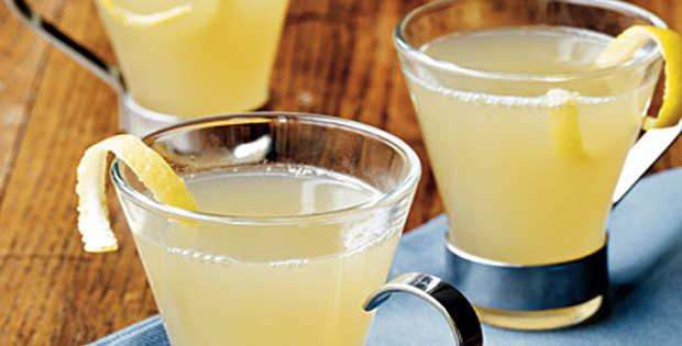 A Very Light Slow Cooked Ginger-Lemon Hot Toddies