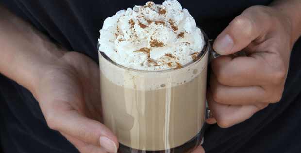 An Irresistible Home-made Slow Cooker Pumpkin Spice Latte
