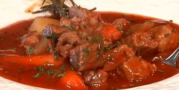 A Fancy And Delish Slow Cooked Beef In Red Sauce