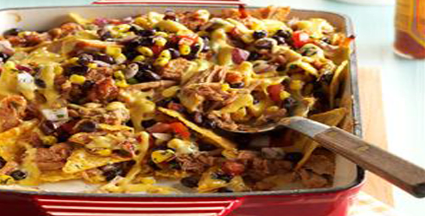 You Will Go Crazy For This Slow Cooker Southwestern Nachos