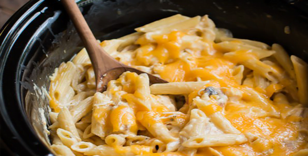 [VIDEO] The Cheesiest Slow Cooker Cheesy Chicken Penne