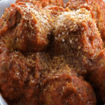 Slow Cooker Vegetarian Meatballs